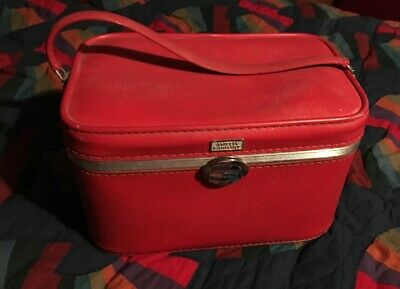 MCM Amelia Earhart Travel Train Case Luggage Carry Suitcase Bright Red Cat Bed