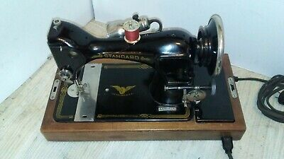 Vintage1936 StandardSewing Machine, Bentwood case, beautiful condition, no motor