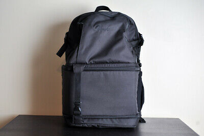 Lowepro DSLR Video Pack 350 AW Camera Backpack - MINT!