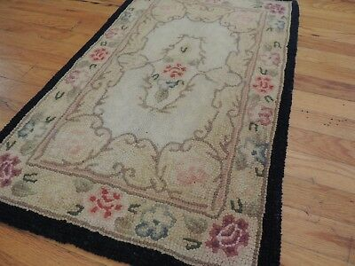 2x3, 2x4 Hand-hooked Floral design small Antique Area Rug  Lovely! French style