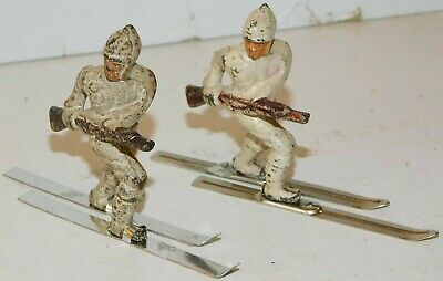 Old GREY IRON 1930s Dimestore Soldiers, 2 Ski Troopers On Skis With Rifles, G101