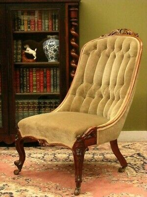 ANTIQUE WALNUT BUTTON BACK BEDROOM CHAIR / ARMCHAIR ~ BEAUTIFUL CARVING  c1880s