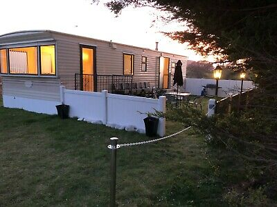 TO LET RENT in North Wales Abergele, Rhyl, HOLIDAY Static caravan 6 BERTH Dogs