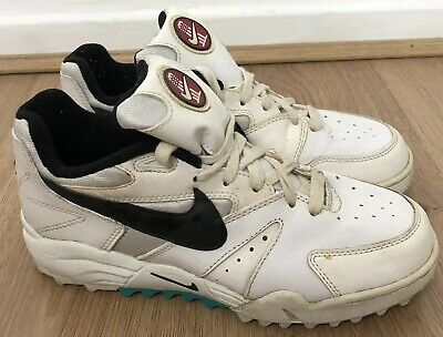 free shipping 0202a be19f Nike Air Cricket Trainers Vintage Swoosh US 7 UK 6 Stud Soles White Green  Rare
