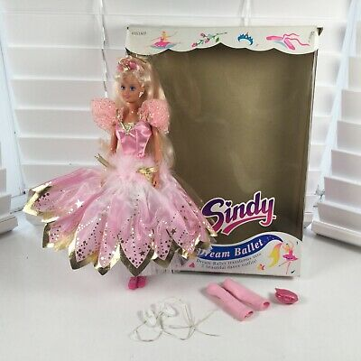 Hasbro Dream Ballet Sindy Doll Complete Boxed VGC Not Barbie Girls Toy