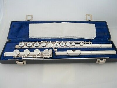 Gemeinhardt 30SHB Intermediate Flute with Solid Silver Headjoint *Ready to play*