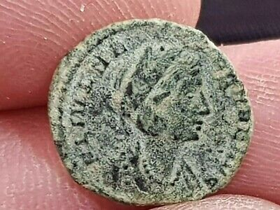 Fantastic Extremely Rare Ancient Roman Bronze Coin Hellena.337-340 Ad.1,5 Gr.15M