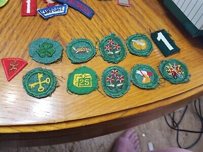 VINTAGE GIRL SCOUT Badges Embroider Patches - Lot of 22