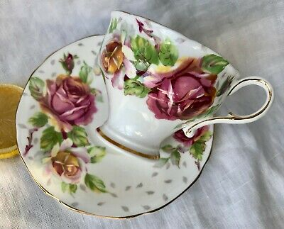 PARAGON Teacup & Saucer GOLDEN EMBLEM Pink Roses Footed Bone China ENGLAND