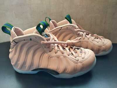 official photos 05b57 d887d Nike Women s Air Foamposite One-- Brand New-- Size 6-- Shoes