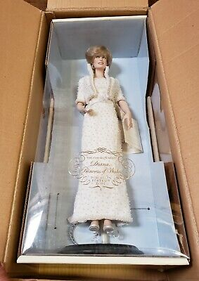 Franklin Mint Princess Diana Porcelain Doll White Beaded Gown New In Box