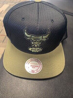 los angeles d9bae e849d Mitchell   Ness HWC NBA Chicago Bulls Olive black Snapback Hat Psny 12
