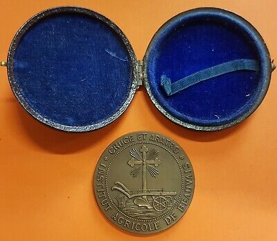 1890 France INSTITUTE AGRICOLE DE BEAUVAIS 42mm BRONZE IN ORIGINAL BOX 32,20 grs
