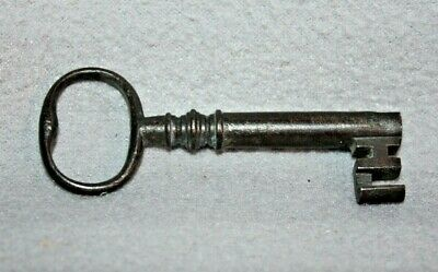Antique Cast Iron Barrel Key Skeleton Door Church Jail Prison Castle, Gate # 8