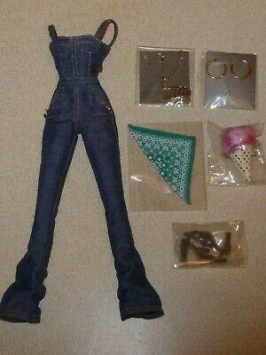 Fashion royalty Rayna Eye Candy - Nu Face - complete outfit only - new & mint.