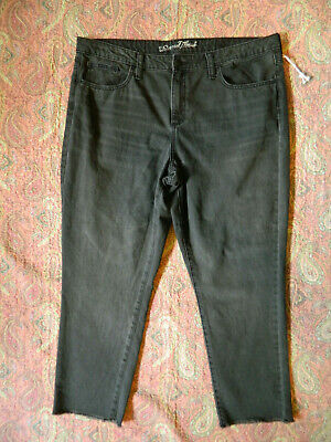 99af4e2a792 NWOT Women's Universal Thread Gray High Rise Straight Crop Jeans Size 16 33  XL