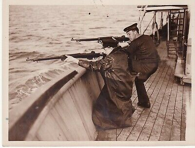 England Seal Hunting Scene Chasse Phoques chasseurs Eastern Coast old Photo 1930