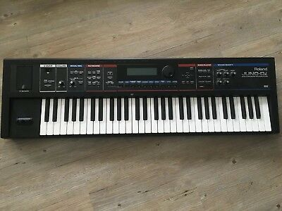 ROLAND JUNO-Di Synthesizer Mobiler Synthesizer 61TA mit Song Player inkl. 2x USB