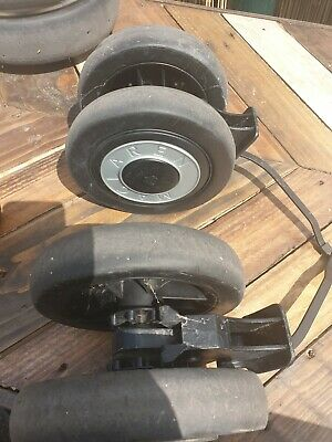 Maclaren Techno Xt rear Wheels and brake unit complete good condition free post