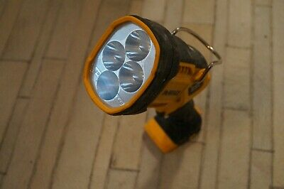 DEWALT DCL043 20V Max Jobsite LED Spotlight, Works Perfectly, Great Condition !!