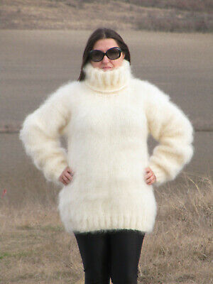 MOHAIR Hand Knitted CREAM Sweater Turtleneck Fluffy Pullover Unisex Handmade