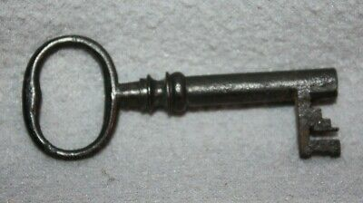 Locks, Latches & Keys The Cheapest Price Antique Iron Barrel Key Architectural & Garden