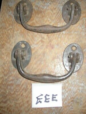 Lovely pair of A. Kenrick cast iron antique lifting/ pull handles. (EEE)