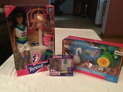 Barbie Doll Lot NRFB. Theresa Baby Skipper Kelly Playset