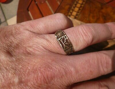 Stunning Post Medieval Tudor or Stuart Highly Decorated Ring-Detecting Find