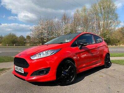 Ford Fiesta 2016 (65) 1.0 EcoBoost 140ps Zetec S RED Edition 3dr Rear PDC