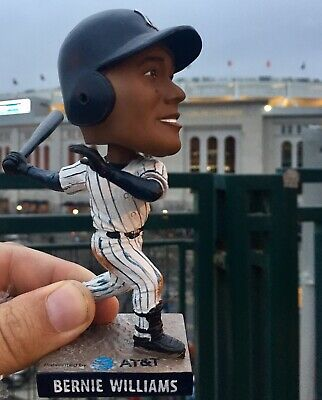 Bernie Williams New York Yankees Yankee Stadium Bobblehead Sga 4/12/19 Mint Nib!