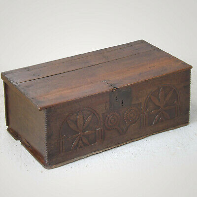 Oak Bible Box 16th / 17thC - Chip Carved (Free delivery)