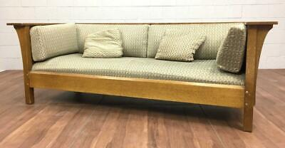 Stickley Brothers Arts & Crafts Oak Prairie Settle Couch