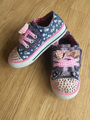 New Girl/'s Skechers Light-up TWINKLE TOES SPARKLE SPELL 10668N Blk//Pink 101o dm