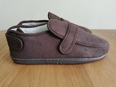 One pair of Mens Winter Slippers Brown XL One Touch Fastening NEW