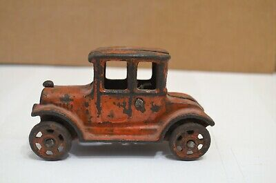 """Vintage Cast iron Hubley Arcade Ford Model T toy car 4"""" long"""