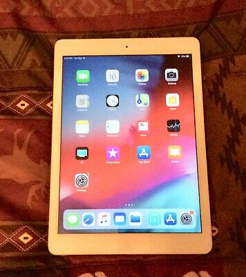 Apple iPad Air 1st Gen. 16GB, Wi-Fi, 9.7in - Silver Excellent!