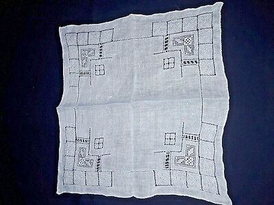 Lady's Handkerchief - Early 20Th Century. Very Fine Lawn And Lace