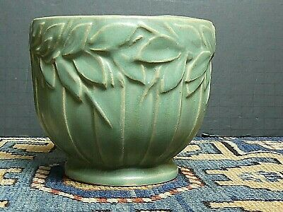 VINTAGE AMERICAN ARTS CRAFTS POTTERY Green Matte Flower Pot 5x4.5' Exc.