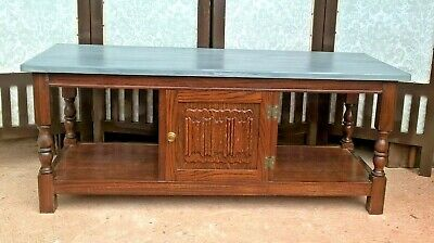 Vintage Old Charm Style Coffee Table /  Oak Coffee Table (Delivery Quote 👍)