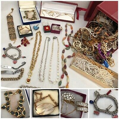 Huge Job Lot Vintage UNSORTED Costume Jewellery, Necklaces, Beads Boxed 3.5KG