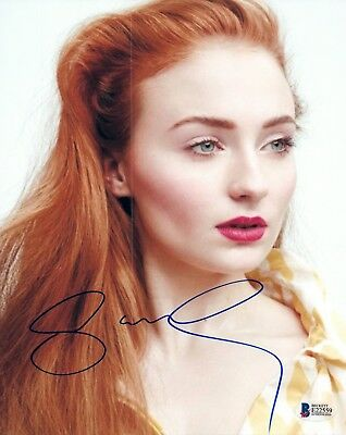 Sophie Turner Signed Autographed 8x10 Photo GAME OF THRONES Beckett BAS COA