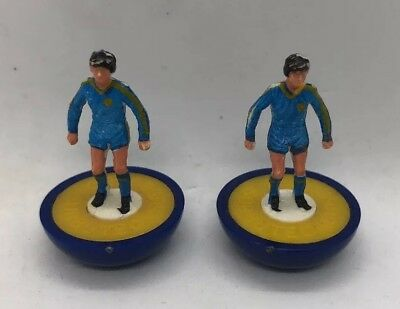Two Spare Subbuteo LW Players - Wimbledon - Reference 690