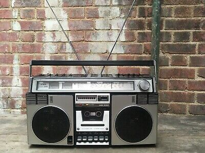 Vintage Aiwa 945 Ghetto Blaster Boom Box Cassette Tape Radio Portable Working