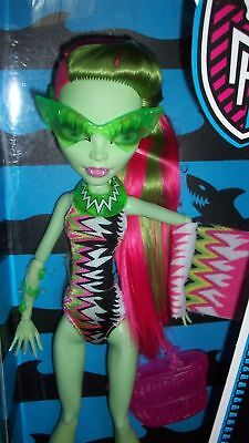 new VENUS McFLYTRAP MONSTER HIGH SWIM CLASS Team  Wave 1 Doll Spring Break