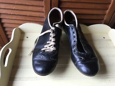 VINTAGE1968  BASEBALL SHOES with METAL CLEATS SPIKES BLACK LEATHER SIZE 10 1/2