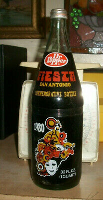 1980 Dr Pepper Fiesta San Antonio 32 Oz Commemorative Bottle Full Quart Viva Tx