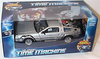 Welly Diecast 1:24 Delorean Time Machine Model Back To The Future 11 - 22441 New