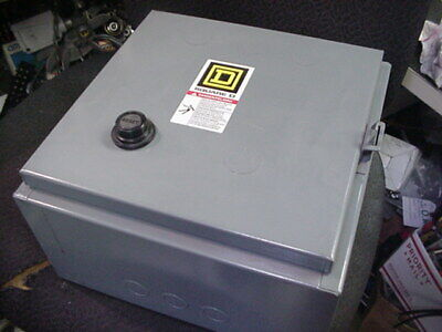 NEW Square D Enclosed size 1 reversing motor starter 8736SBO4S 8736SBG4V02S