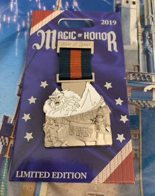 Disney Parks Pin Magic Of Honor Medal POTM LE 2000 Expedition Everest Yeti 2019